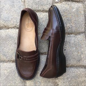 Clarks Loafers NWOT
